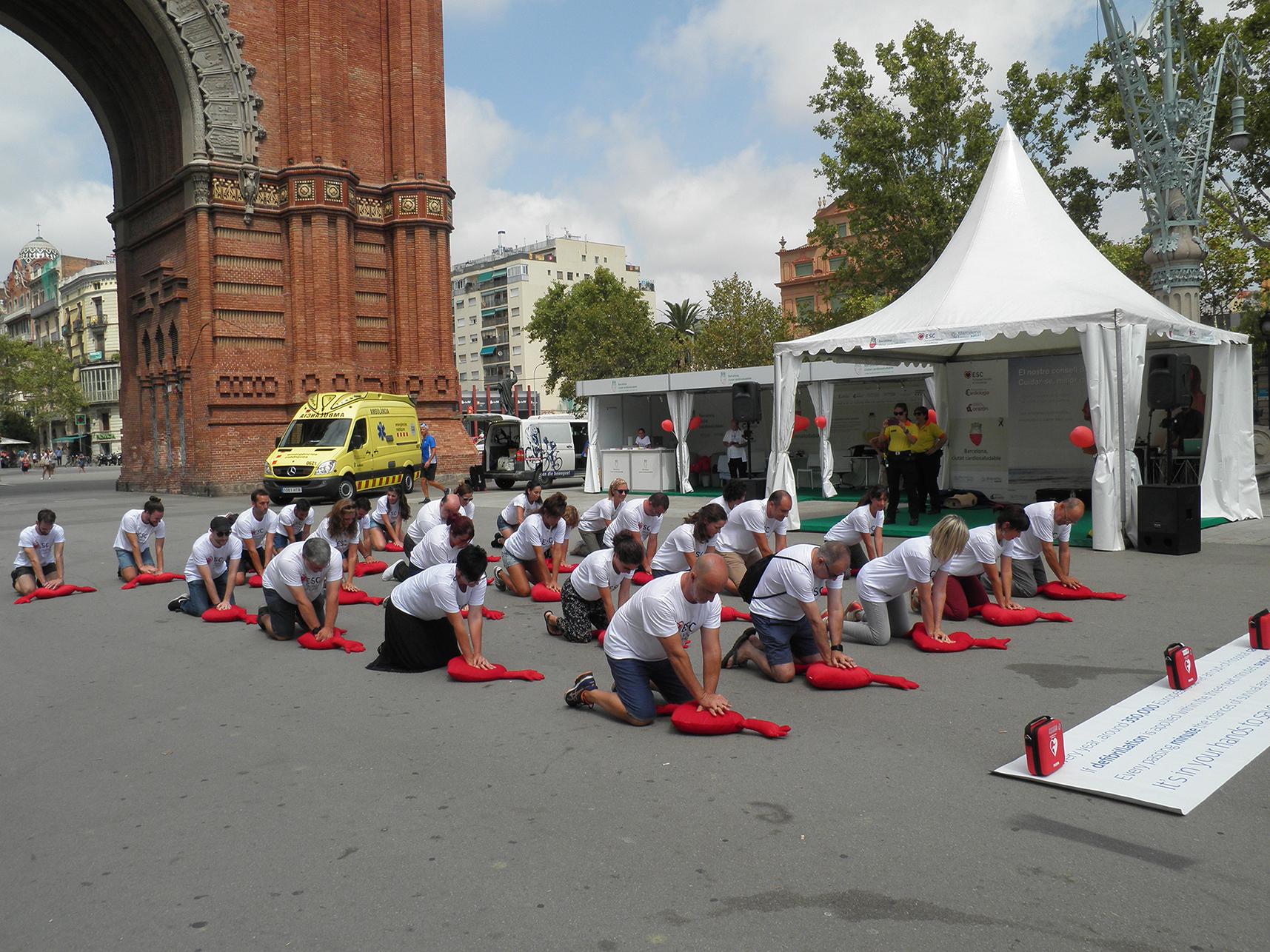 Casi 3.000 personas en las actividades complementarias al Europeo de Cardiología en Barcelona